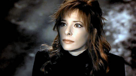 Mylène Farmer - Du Temps (clip officiel) [HQ]